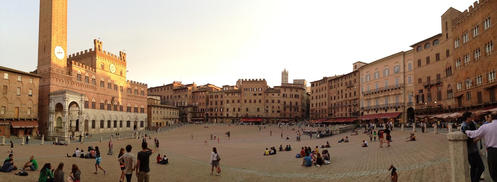 Piazza del Campo Siena - vista della piazza