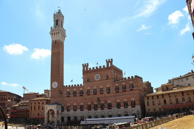 Palazzo Pubblico di Siena, o Palazzo Comunale. Piazza del Campo Siena