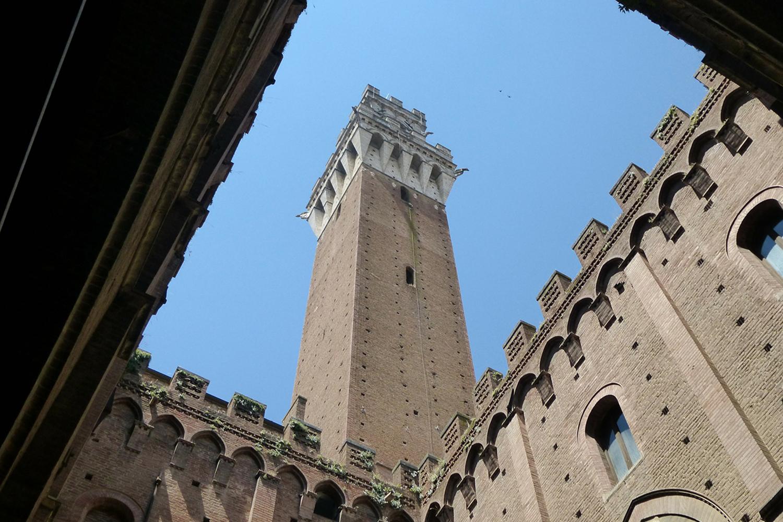 Torre del Mangia, Palazzo Pubblico in Piazza del Campo
